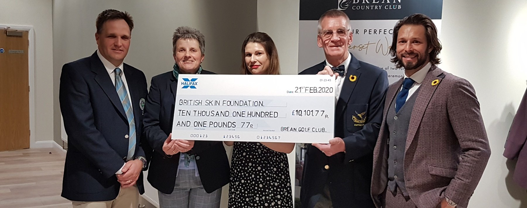 Brean Golf Club donates over £10,000 to skin cancer research